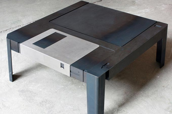 NextCrave - Floppy Disk Table
