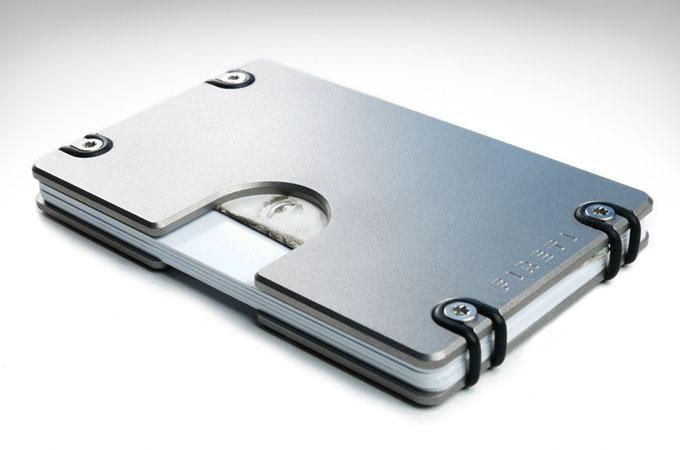 Medium_omega-titanium-wallet