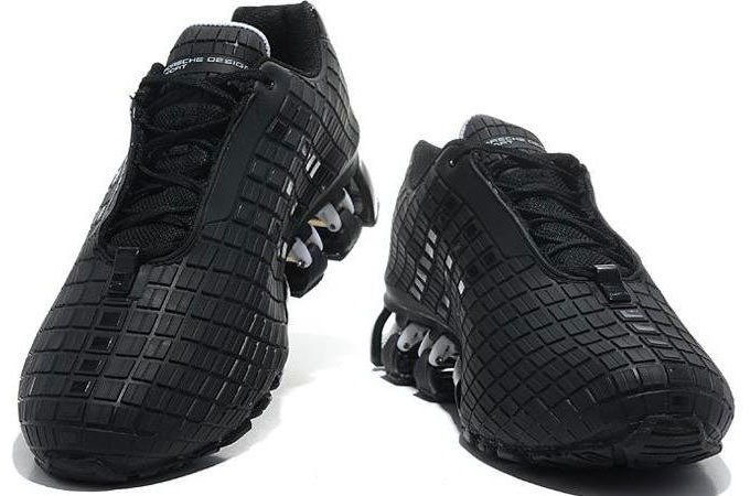 Nike Shock Absorbing Shoes Womens