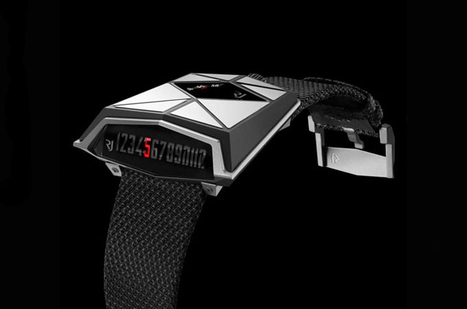 Medium_romain-jerome-spacecraft-watch-1