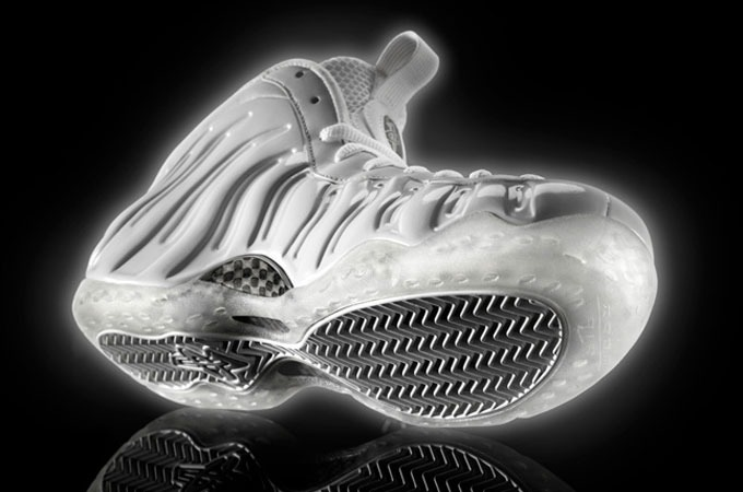 Medium_nike-air-foamposite-white-ice-out-radiance-1