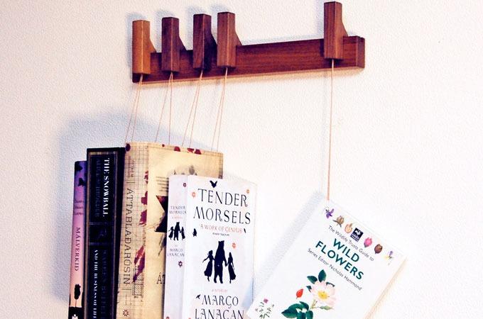 Medium_agustav-book-rack-1