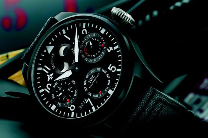 Medium_iwc-big-pilot-perpetual-calendar-top-gun-watch-1