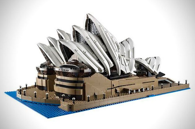 Medium_lego-creator-expert-sydney-opera-house-1