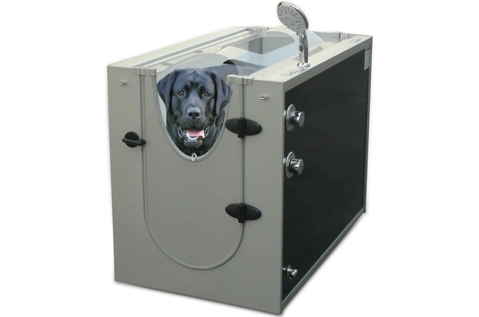 Medium_hammacher-schlemmer-canine-shower-stall