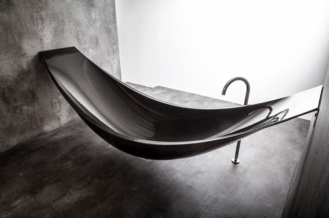 Medium_carbon-fiber-vessel-hammock-bathtub-1