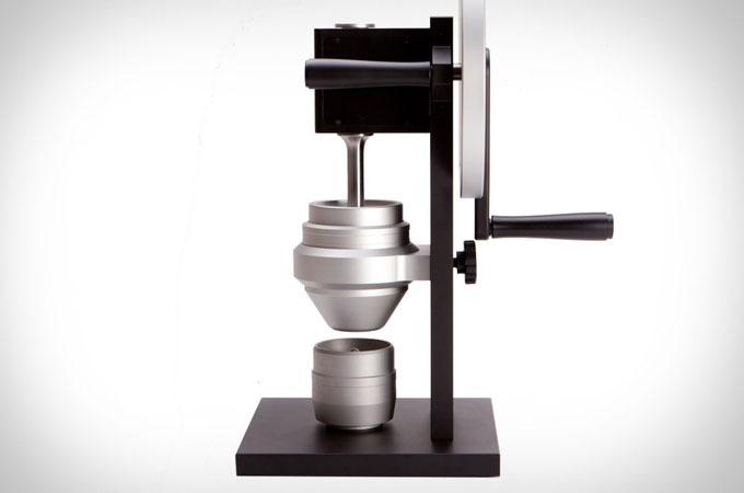 Medium_hg-one-grinder-1