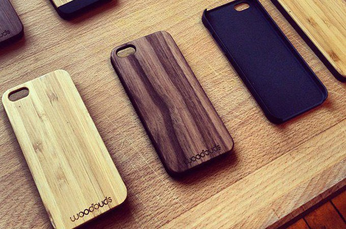 Medium_woodbuds-iphone-cases-1