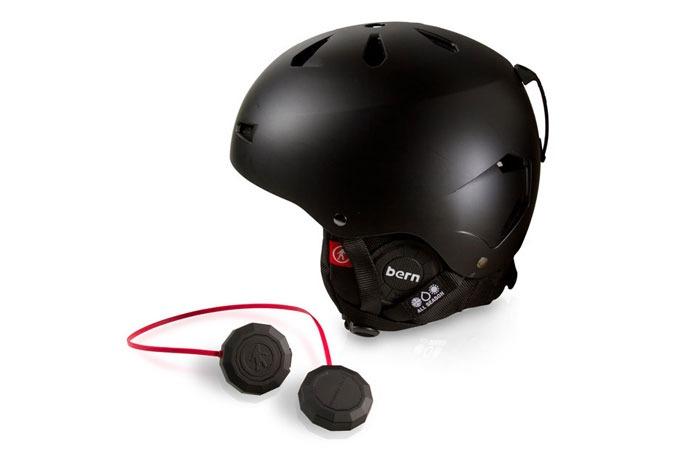 Medium_guokmwlmwo7fsxz916q2dmfcgr9t07ybmtsy9mkz6c_chips-helmet-audio