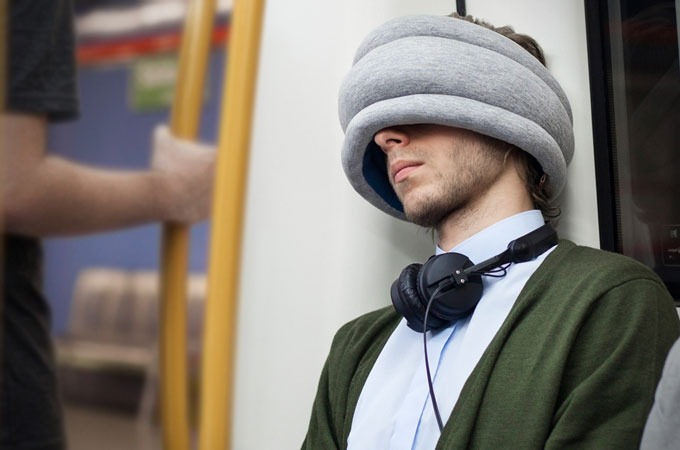 Medium_hdlf23ejlmvteoqlzgshjvzyosonqhweflldhwvr8_ostrich-pillow-light